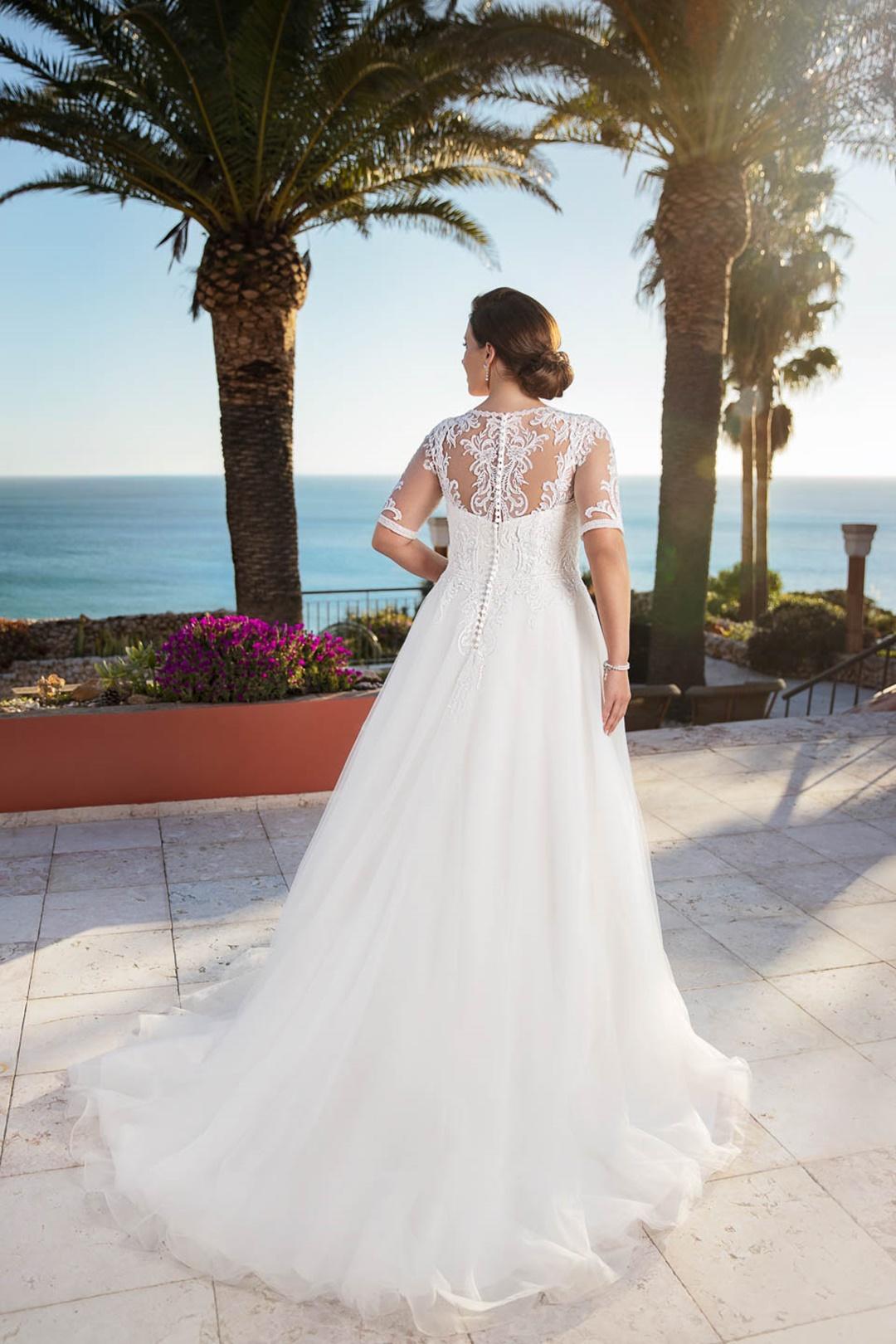 robe de mariée miss emily 21303 dos